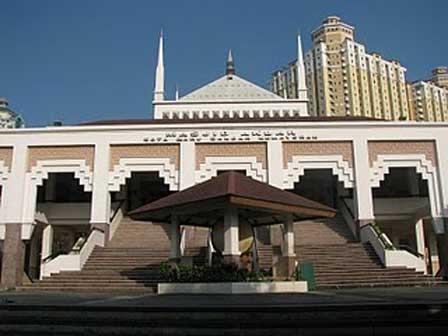 jalan jalan ke masjid akbar kemayoran ekoeriyanah apartemen mediterania palace kemayoran kode pos sewa apartemen mediterania palace kemayoran unfurnished