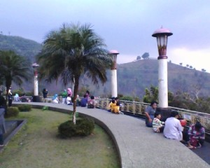 masjid at ta'awun - liat pemandangan 1